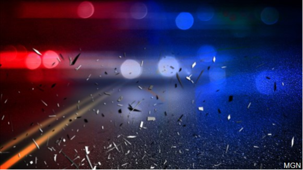 1 killed, 4 injured in three-vehicle wreck on US 87 in