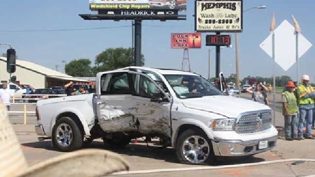 High speed chase on US-287 ends in crash in Memphis | KVII