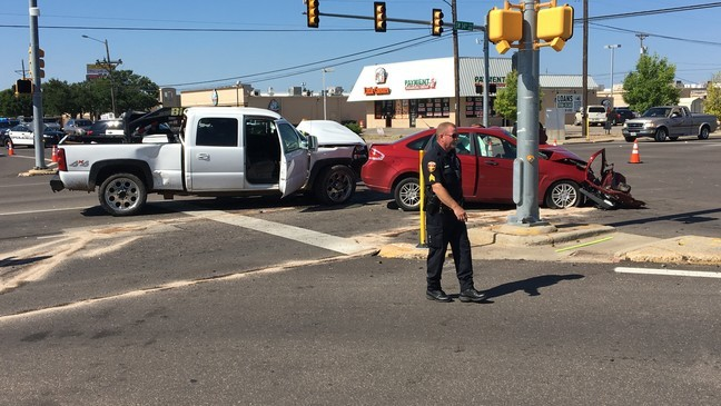 1 with life-threatening injuries after multi-vehicle wreck at Bell