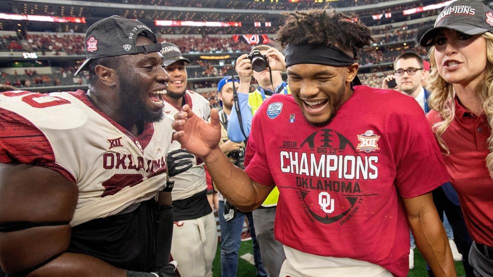 2018-19 College football bowl game gifts highlighted by